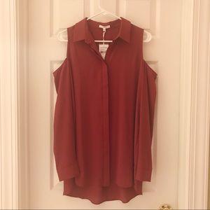 Nordstrom Pleione cold shoulder button down blouse
